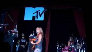 The Donnas @ Sao Paulo - MTV VIP Show - Wasted and Fall Behind Me
