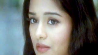 Milan Abhi Aadha Adhura - Shahid Kapur & Amrita Rao