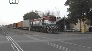 preview picture of video 'Tren de contenedores de NCA entrando a Rafaela'