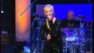 Annie Lennox - Pavement Cracks (On Later Live)