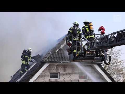 Carport und Garage brennen aus