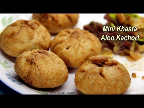 एकदम जबरदस्त टेस्टी आलू की मिनी कचोरी Crispy Mini Aloo Kachori Recipes - Potato Kachori