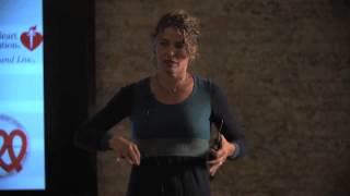 Nina Teicholz at TEDxEast: The Big Fat Surprise