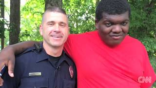 Now this is how a officer SHOULD handle Autistic kids. Good Job Officer Tim Purdy