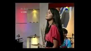 Gambar cover Happy Sendiri - Angeline Mantan _ Diva Baru Indonesia