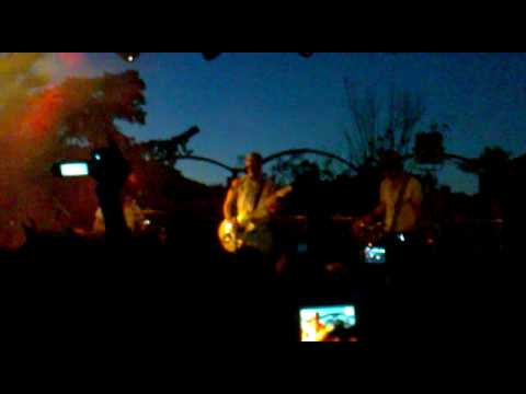 The Dandy Warhols - We Used To Be Friends (live @Plage de Rock)
