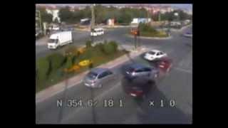 Edirne'de trafik kazaları kamerada Videosu