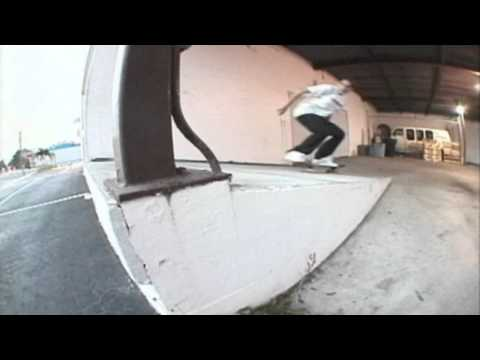 Tony Hawk's Pro Skater 4 - Elissa Steamer