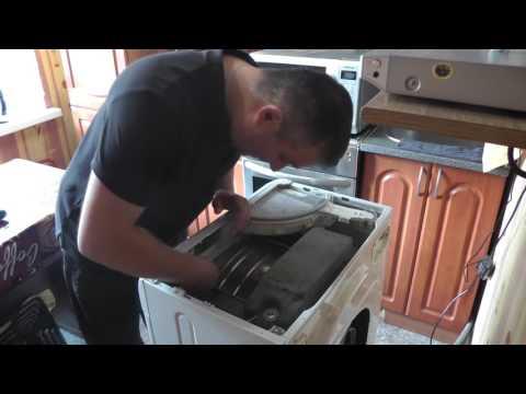 Замена подшипников и сальника на стиральной машинке Аристон