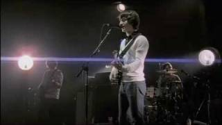 Arctic Monkeys - Leave Before The Lights Come On Live