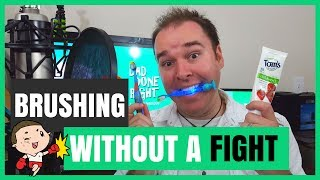 How to Brush a Toddler's Teeth Without a Fight