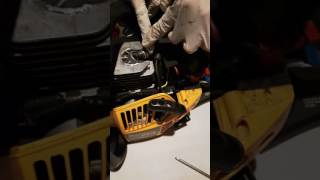How to replace chainsaw carburetor Poulan Pro chainsaw not starting or stalling