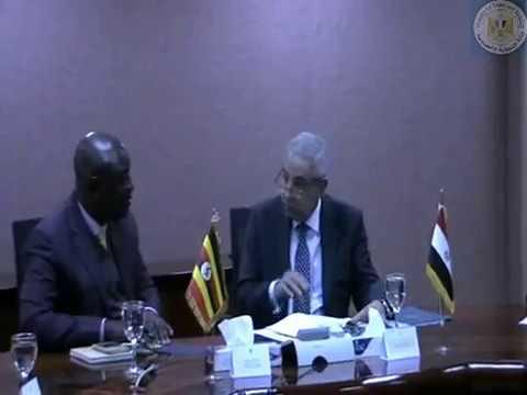 المهندس/طارق قابيل وزير التجارة والصناعة يعقد جلسة مباحثات مع وزير الزراعة الاوغندى