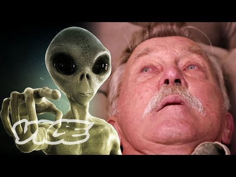 The Therapist for Alien Abduction Victims (2018) - short doc about alien abductees and the therapist who works with them to process their experience