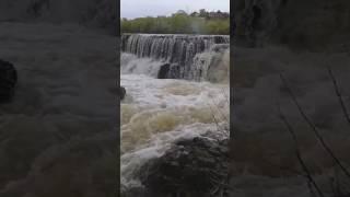 Как течёт водопад в бурибае