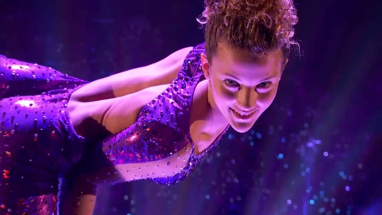 Sofie Dossi - America's Got Talent - Finals Screenshot Download