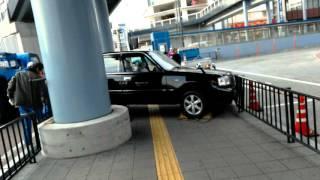 戸塚西口バスセンターで事故があったようです。