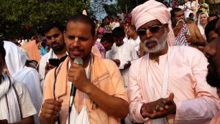 preview picture of video 'Nabadwip 2015 Sankalpa at the Ganges'
