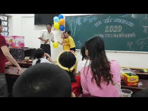 Con giáo viên vui trung thu (13/8 AL 2020)