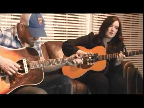 brandy clark i only miss you when i 39 m drinkin 39