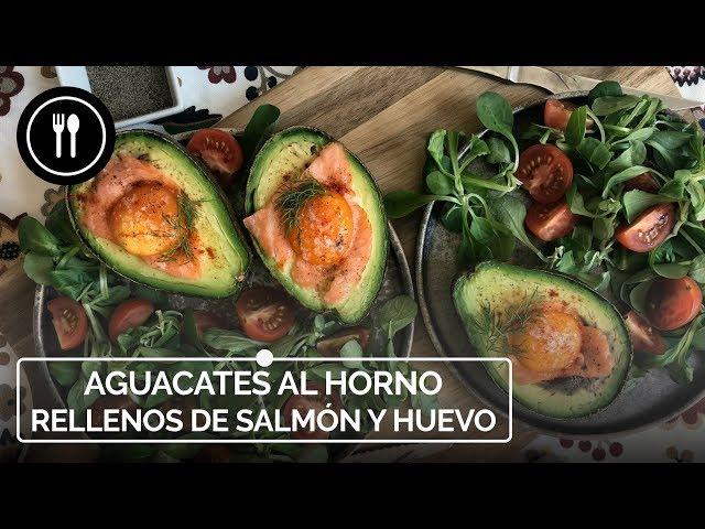 Aguacates al horno rellenos de salmón y huevo