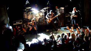 Suicidal Tendencies -- Institutionalized  (Live at Virgin Oil Co.)