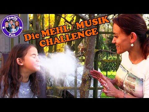 MEHL MUSIK CHALLENGE | Hilfe wir ersticken!! | Family Fun