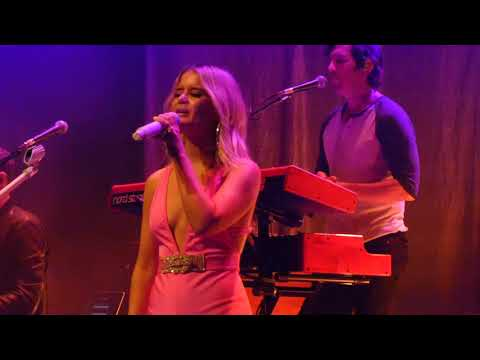 Maren Morris The Bones LIVE Girl Tour 2019 Paradiso Amsterdam Country USA Nashville