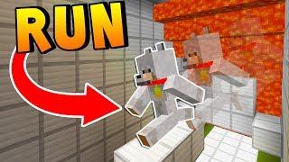ESCAPE PARKOUR FROM THE LAVA! - Minecraft Super Lava Run