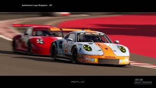 GT Sport: 911 RSR, 3 way battle for 1st!
