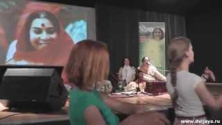 Qawwali Ali Mola Ali Ali by Anandita Basu in Moscow - Каввали Али Мола. Анандита Басу