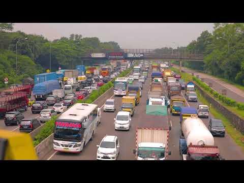 Paket Kebijakan Penanganan Kemacetan di Ruas Tol Jakarta - Cikampek