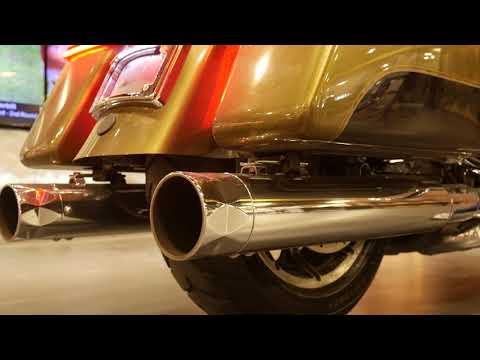 2018 Harley-Davidson Road King® in Coralville, Iowa - Video 1