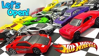 Let's Open Hot Wheels: Lamborghini, Muscle Cars And More!