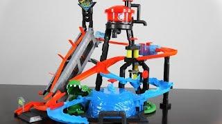 Игровой набор трек Хот Вилс  Водонапорная башня Hot Wheels City Ultimate Gator Car Wash от компании Сундук - видео 2