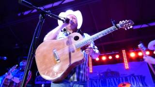 Old Country (live) - Mark Chesnutt