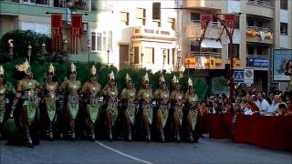 preview picture of video 'Moros y Cristianos Villena 2013. Entrada.'