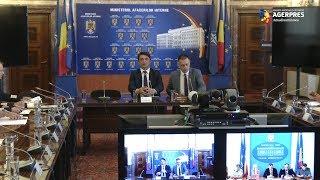 Ministrul Mihai Fifor solicită prefecţilor o situaţie cu şcolile care nu au avize DSP şi IGSU