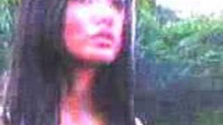Download Video Scene Indonesian model/celebrity MP3 3GP MP4