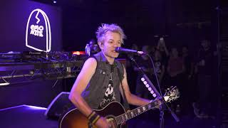 Sum41   In Too Deep Acoustic Live At Emo Nite