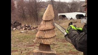 Chainsaw Carving A Christmas Tree