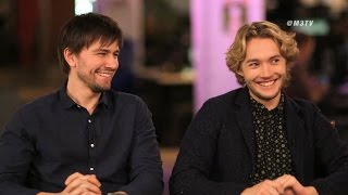 Тоби Регбо, M3: Extended Interview with Reign Stars Toby Regbo & Torrance Coombs