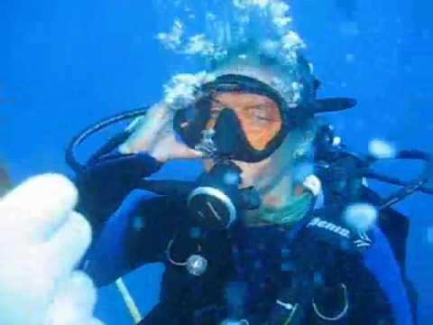 Diving Akassia Hausriff, Steg 1, AOWD Tieftauchen