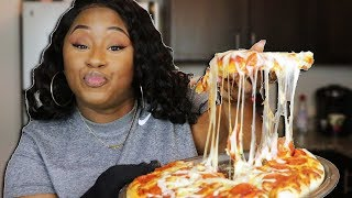 HOW TO MAKE A HOMEMADE PIZZA EASY!