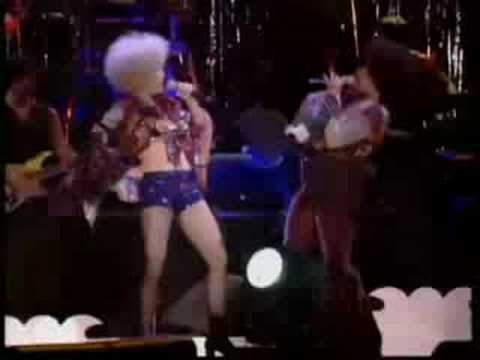 05. Express Yourself - The Girlie Show