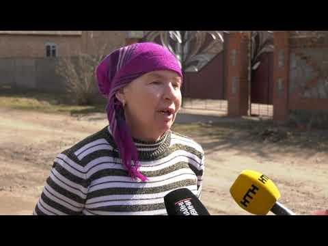 На Полтавщині жінка повісила доньку