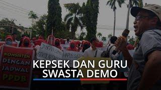 Kepsek dan Guru Swasta Demo di Depan Kantor Gubernur Sumatera Barat