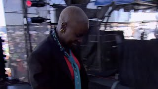 Angelique Kidjo - Tumba - 8/13/2006 - Newport Jazz Festival (Official)