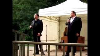 Mark Llewelyn Evans & Wynne Evans - Gendarmes' Duet