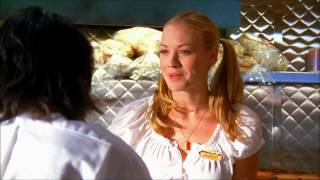 Lester demande un rendez-vous à Sarah (VO)
